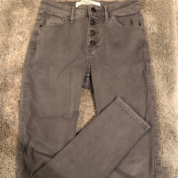 Abercrombie & Fitch Pants - Abercrombie & Fitch high rise grey jeans